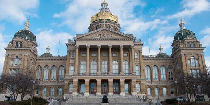 Photo 19Iowa-State-Capitol
