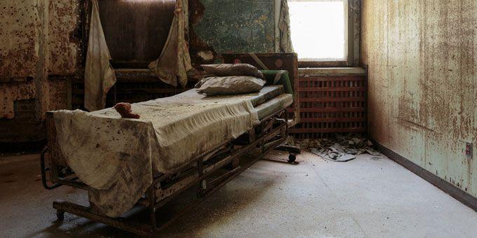 Photo 1Pennhurst-Asylum2
