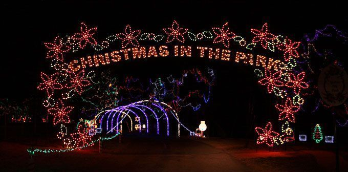 28 Oklahoma Christmas Light Shows to Make Your Holiday Bright