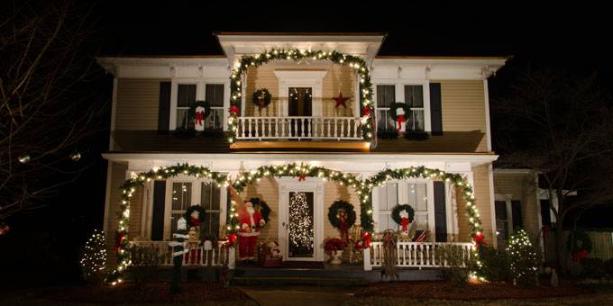 10 Most Festive Small Town Christmas Celebrations In The South