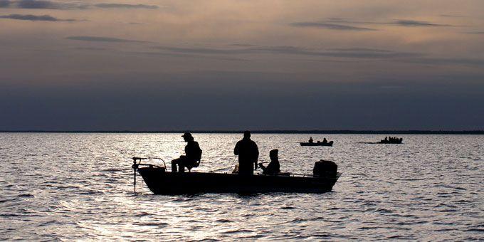 Minnesota fishing trips walleye for Best fishing in minnesota