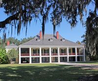 Destrehan Plantation & Airboa...