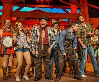 Hatfield and McCoy Dinner Show