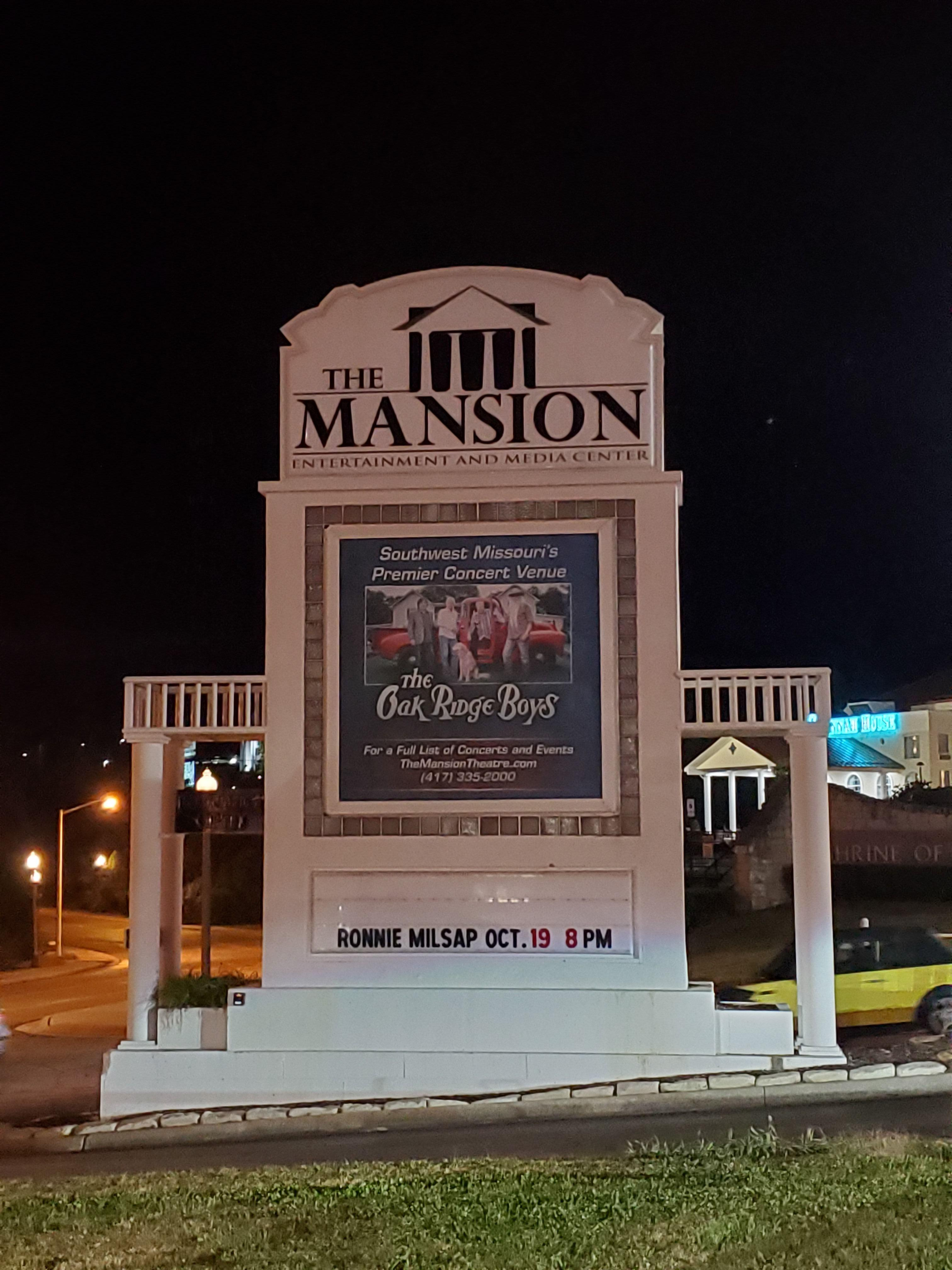 Sign at the Mansion for Ronnie Milsap Live in Branson