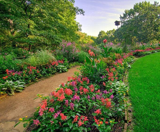 Monet Waterlily Festival at Gibbs Gardens in Ball Ground near ...