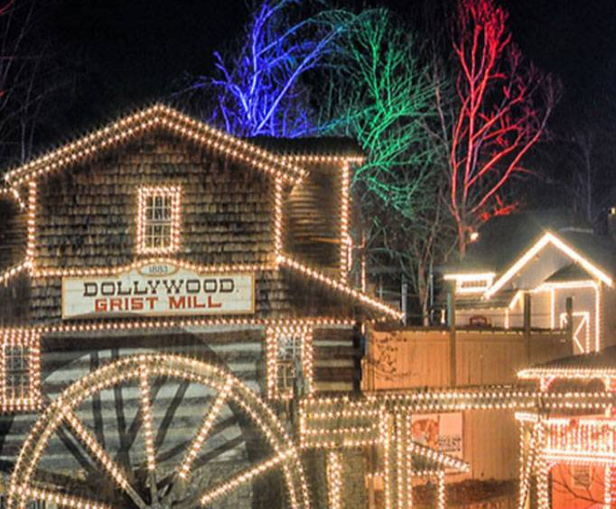 Dollywood Christmas.Smoky Mountain Christmas Festival At Dollywood In Pigeon