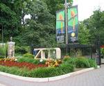 Outside view of zoo and sign