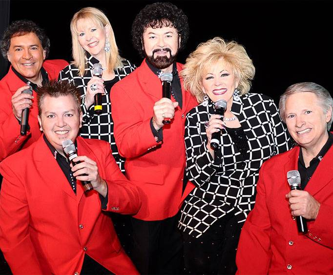 Smoky Mountain Opry Theatre In Pigeon Forge Tn