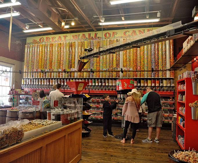 Savannah Candy Kitchen in Savannah, GA