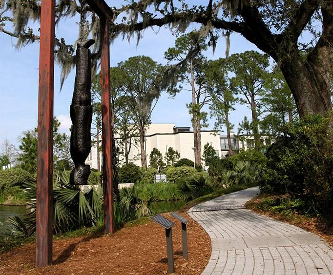 The Sydney And Walda Besthoff Sculpture Garden In New Orleans La