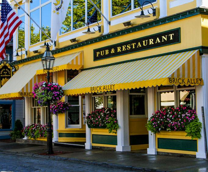 Brick Alley Pub And Restaurant In Newport Ri