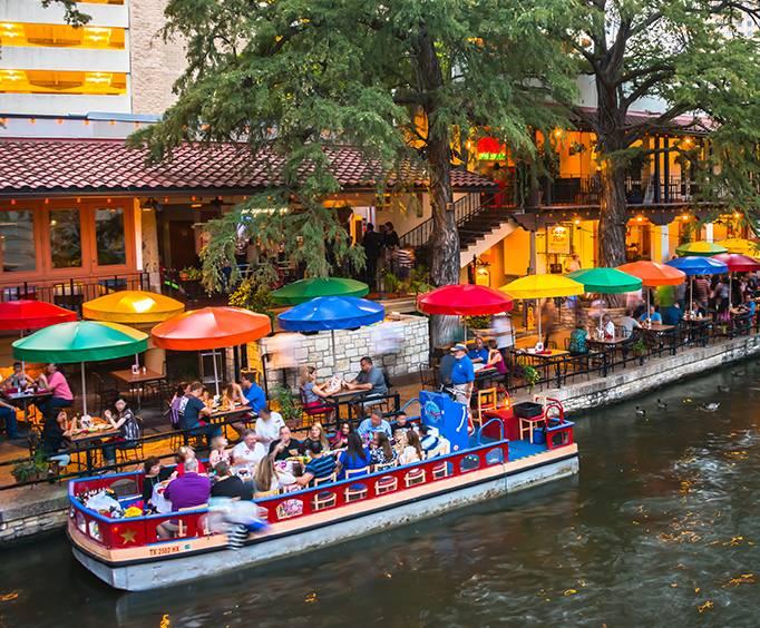 Hotels Near Seaworld And Riverwalk San Antonio