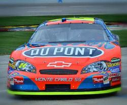 Du Pont sponsored car
