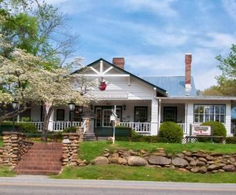 Applewood Farmhouse Restaurant in Sevierville, TN