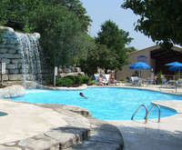 Outdoor Swimming Pool of Westgate Branson Lakes at Emerald Pointe