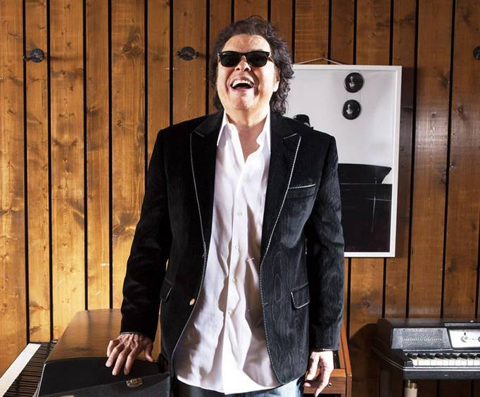Ronnie Milsap Piano