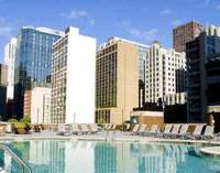 Outdoor Swimming Pool of Doubletree Hotel Chicago Magnificent Mile