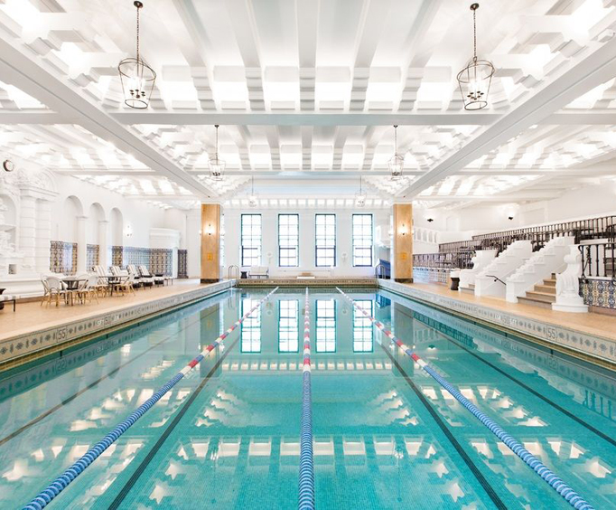 InterContinental Chicago Magnificent Mile Indoor Swimming Pool
