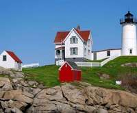 New England Lobsterbake, Nubble Lighthouse, Stonewall Kitchen & Kittery Outlets Tour, shuttle bus