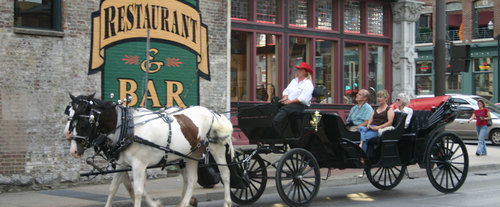 Nashville Happy Hour Tours, carriage