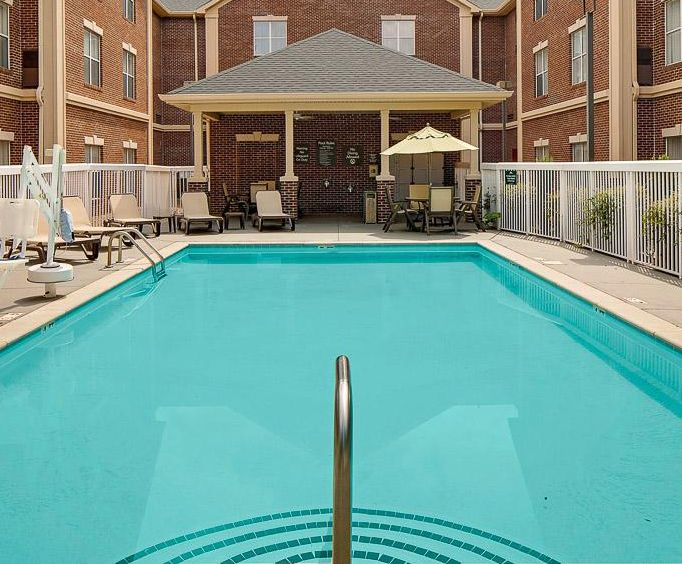 Outdoor Pool at Homewood Suites by Hilton Nashville-Brentwood