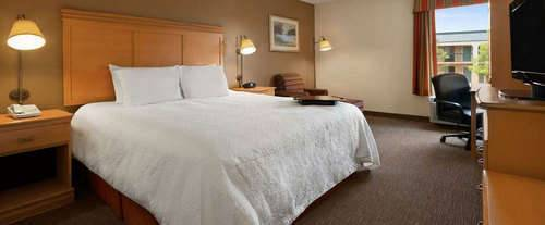 Hampton Inn Nashville/Goodlettsville Room Photos