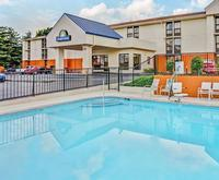 Photo of Days Inn Nashville At Opryland/Music Valley Drive Room