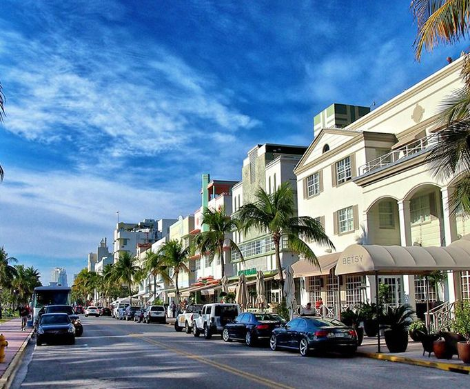 Miami Streets on the Miami Sightseeing Tours from Orlando