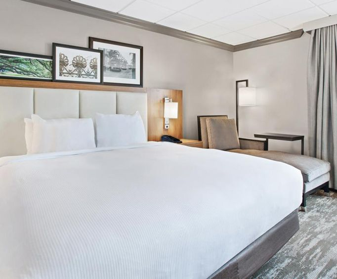 Photo of Doubletree Hotel New Orleans Room