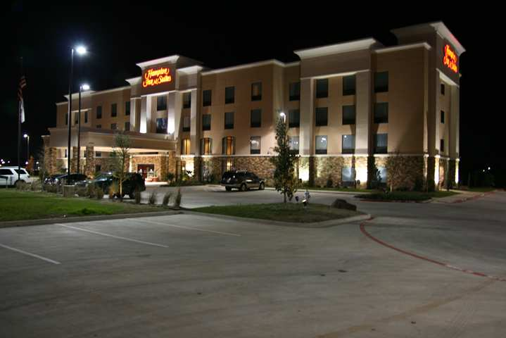 Room Photo for Hampton Inn & Suites Fort Worth/Forest Hill