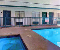 Outdoor Swimming Pool of Best Western Irving Inn & Suites at DFW Airport