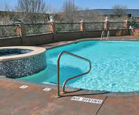 Outdoor Swimming Pool of Best Western DFW Airport Suites