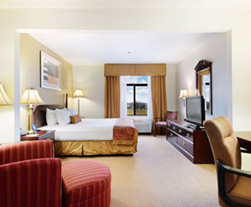Room Photo for Wingate by Wyndham Dfw / North Irving