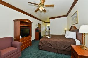 Best Western Fort Worth Inn & Suites Room Photos