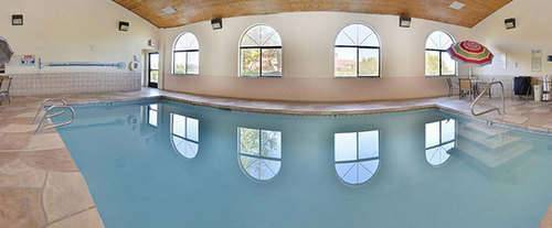 Americas Best Value Inn & Suites North / Albuquerque Indoor Swimming Pool