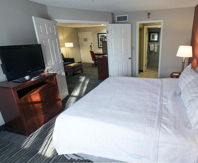 Photo of Homewood Suites by Hilton Savannah Room