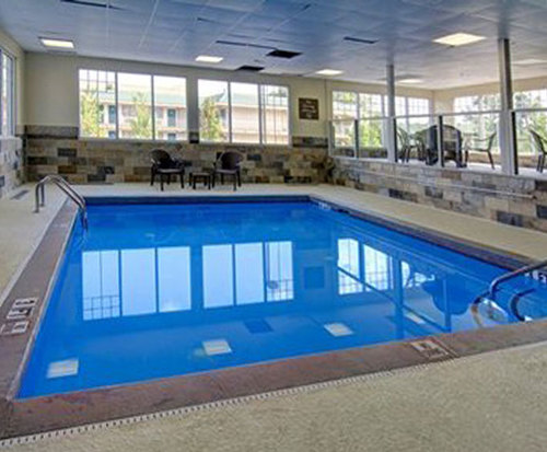 The Inn and Suites at Galleria, a Rodeway Inn & Suites Indoor Swimming Pool