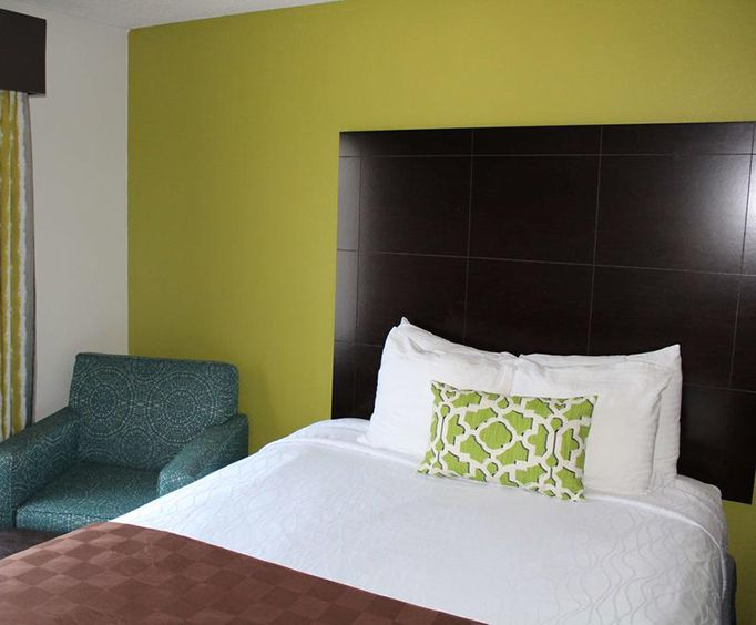Room Photo for Best Western Magnolia Inn and Suites