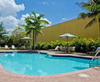 Outdoor Swimming Pool of Best Western Miami Airport West Inn & Suites
