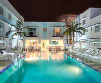 Outdoor Swimming Pool of Pestana South Beach Art Deco Hotel