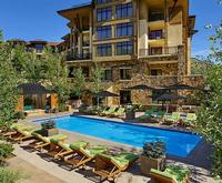 Outdoor Swimming Pool of Viceroy Snowmass