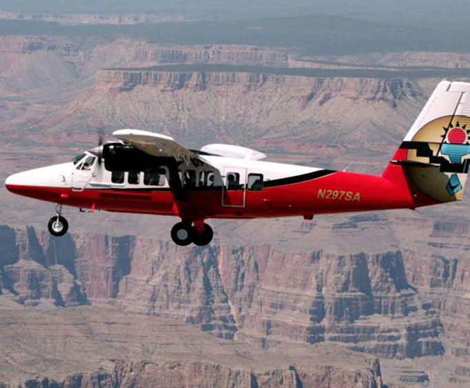 The Plane with Grand Canyon Landmarks Tour by Airplane