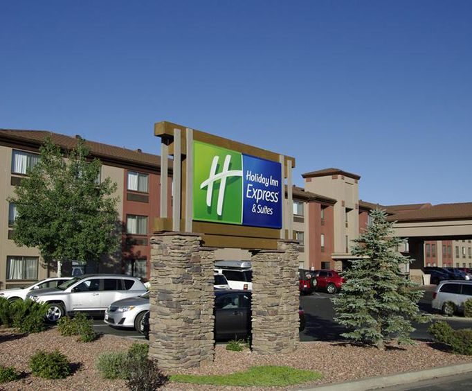 Exterior View of Holiday Inn Express Hotel  Suites Grand Canyon