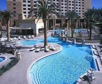 Las vegas hotel rooms with a kitchen or kitchenette hilton grand vacations suites on the las vegas strip workwithnaturefo