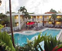 Outdoor Swimming Pool of Best Western Hibiscus Motel