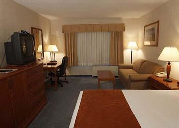 Comfort Hotel & Conference Centre - Victoria Room Photos