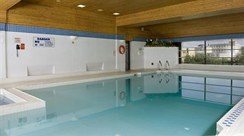 Novotel Ottawa Hotel Indoor Swimming Pool