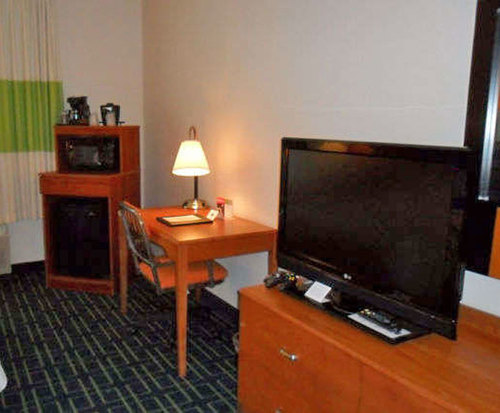 Room Photo for Fairfield Inn & Suites by Marriott Colorado Springs South