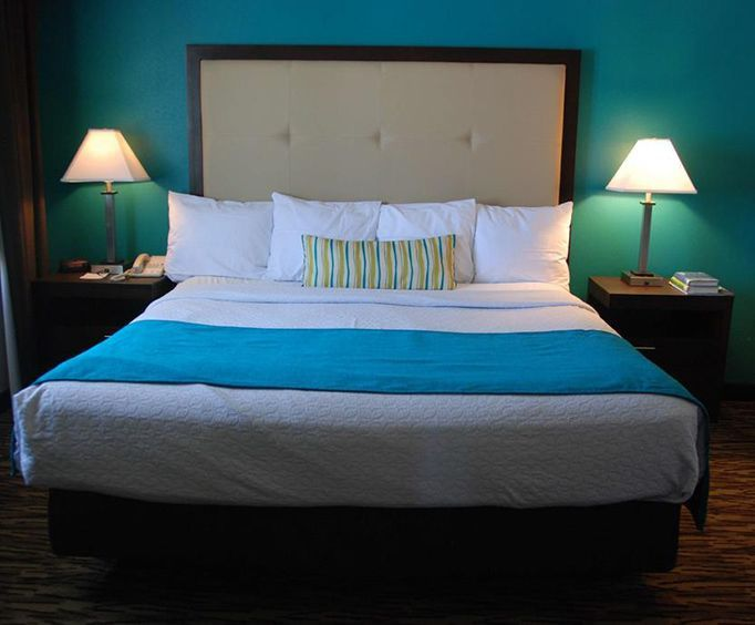 Best Western Baraboo Inn Room Photos