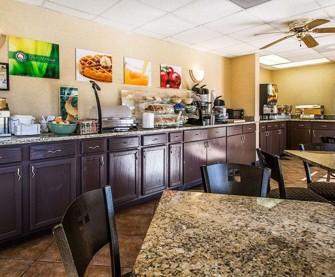 Comfort Inn  Suites Panama City - Highway 98 Dining